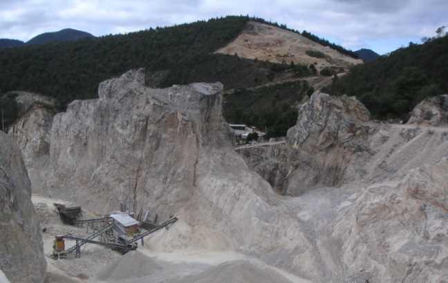 Desastre ambiental en San Cristóbal de las Casas por explotación de arena y grava