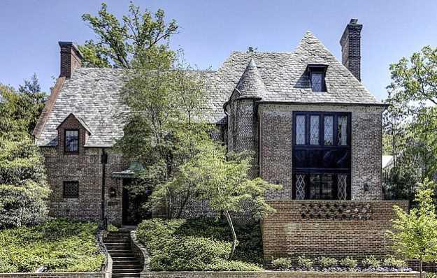 ¡Esta mansión si la tiene Obama! le costó 8.1 millones de dólares