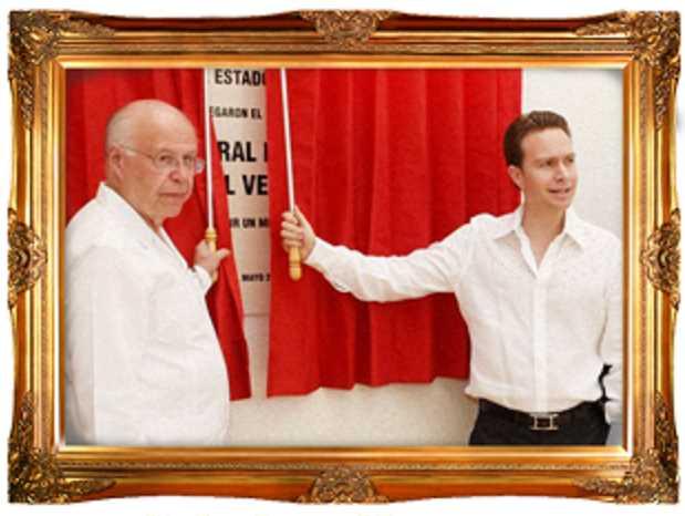 Velasco y Narro inauguran hospitales; después de las fotos, los cierran