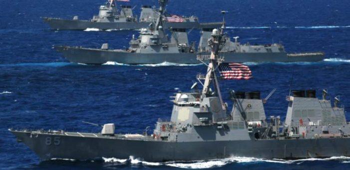 7 marinos desaparecidos tras choque de destructor de EU con carguero en Japón