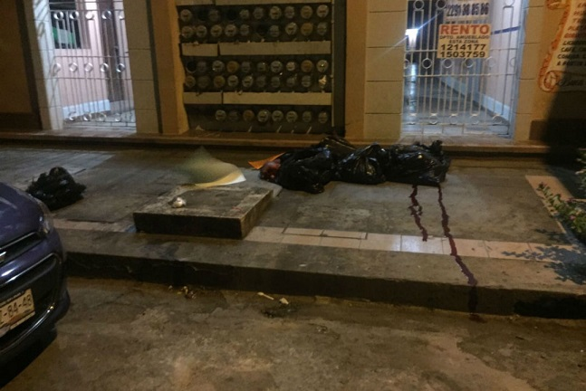 Dejan narcomensaje para Yunes en bolsas con restos humanos en Veracruz
