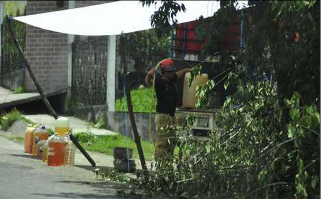Ofrecen gasolina robada a 10 pesos  el litro en  Veracruz