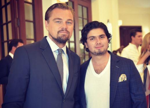 Aprovecha hijo de Peña Nieto visita oficial para tomarse foto con DiCaprio