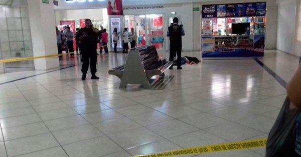 Mujer fue degollada por su expareja en Soriana