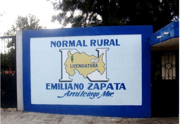 Alumnas de la Normal Rural de Amilcingo temen ataque contra su escuela