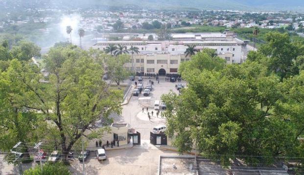 Más de dos horas de balacera, dos muertos y varios heridos, en penal de Tamaulipas