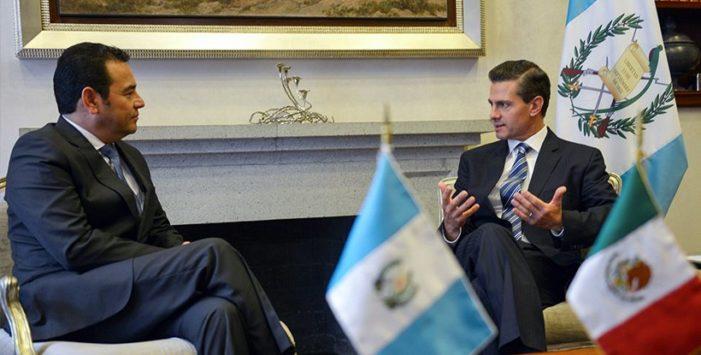 Protestan contra Peña Nieto en Guatemala