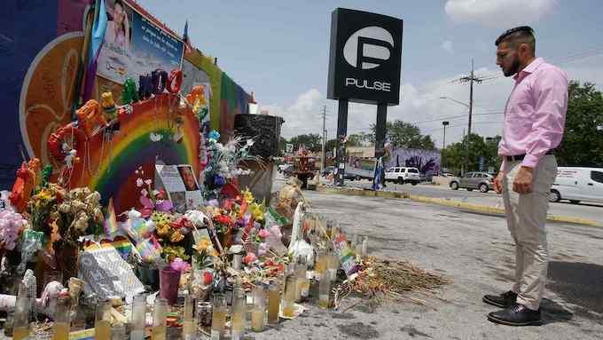 Ciudadanos de Orlando recuerdan a víctimas de masacre en el Club Pulse