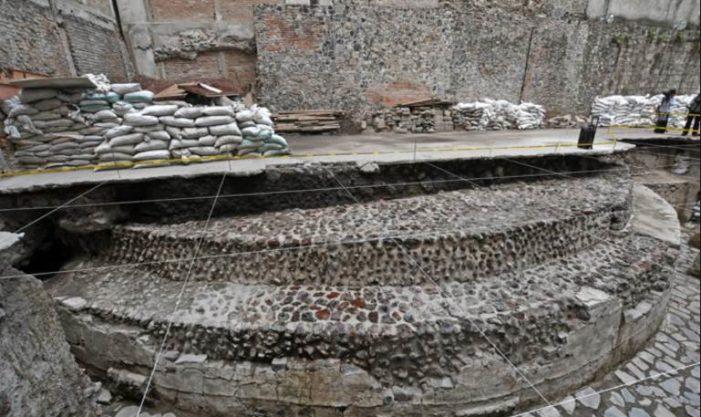 Ciudadanos piden frenar construcción de hotel sobre templo de Ehécatl
