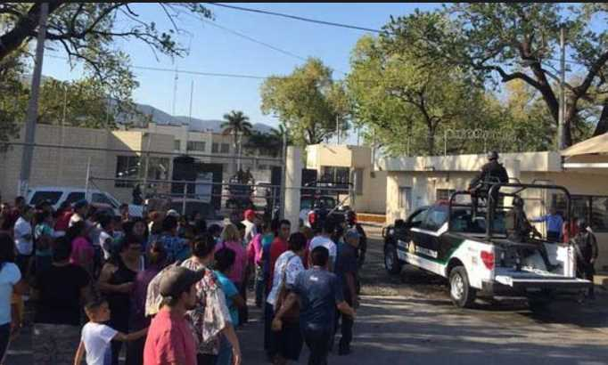 Continúa balacera dentro de penal de Ciudad Victoria