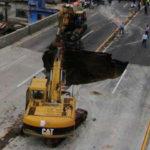 Piden cabeza de Ruiz Esparza por socavón de Paso Express; ya renunció delegado