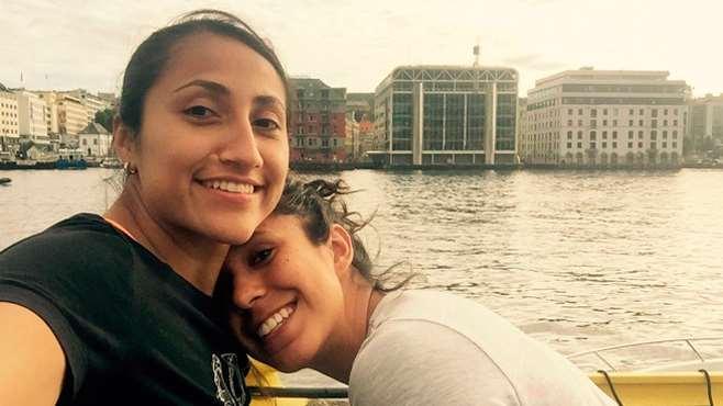 Futbolistas mexicanas se mudan a Islandia para vivir su relación sin prejuicios