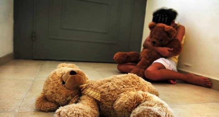 Sujeto abusó sexualmente de su vecina, una niña de 5 años
