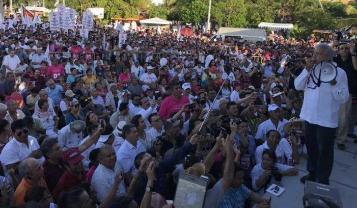 'Al triunfo de Morena se apoyará el turismo y se cuidará Cancún': AMLO