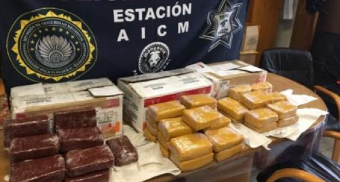 Detienen cargamento de metafetaminas ocultas en ate de membrillo en el AICM