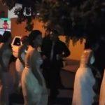 Les robaron el dinero de la graduación, pero no sus ganas de festejar… en la calle (VIDEO)