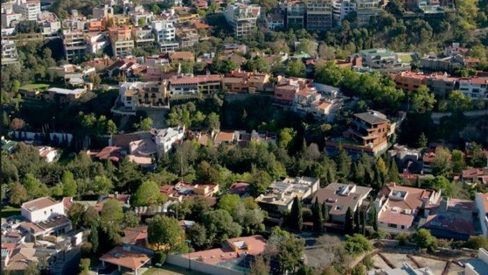 Vecinos de Bosques de Las Lomas sufren ola de asaltos