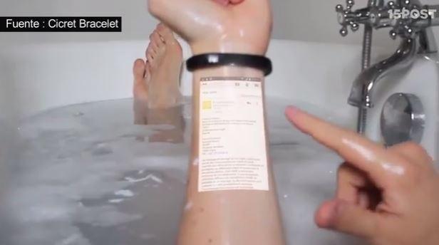 Pulsera convierte la piel en una pantalla de celular