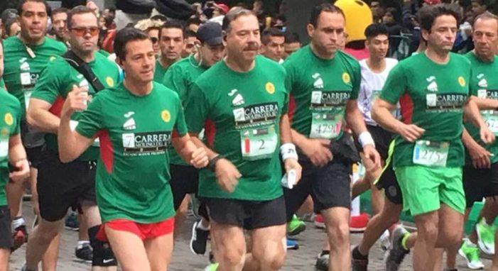 Ciudadano se la mienta a Peña Nieto durante Carrera Molino del Rey (video)