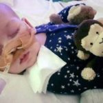 Falleció Charlie Gard, bebé con rara enfermedad que levantó polémica