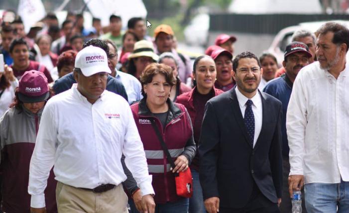 Delfina Gómez marcha hacia la Basílica de Guadalupe