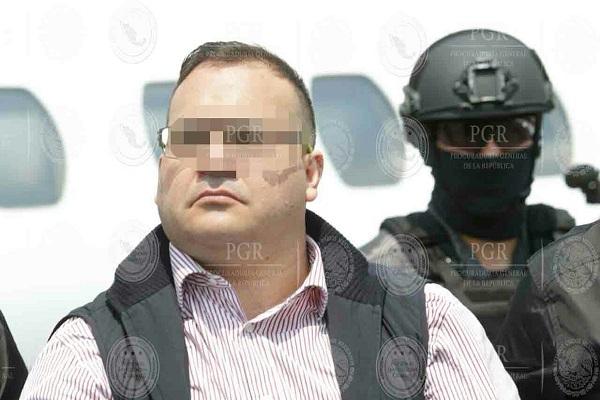 PGR presenta 82 pruebas contra Javier Duarte y solicitó sea vinculado a proceso
