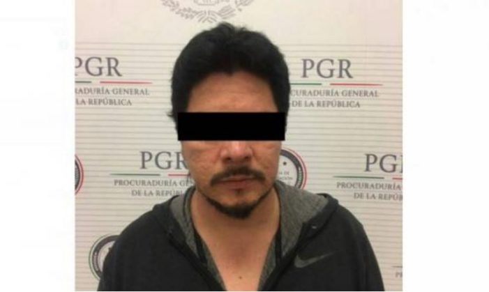 Falso representante de Carlos Santana es detenido en AICM