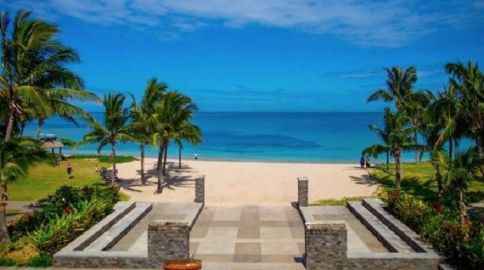 Destaca senador de Michoacán en polémico gasto en isla paradisíaca FIji