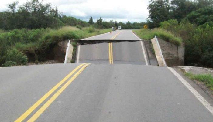 Como el Paso Exprés, puente vehicular de 30 millones se viene abajo en Jalisco