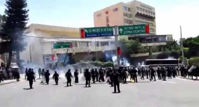 Usó Murat toda la fuerza del Estado para evitar boicot de la Guelaguetza