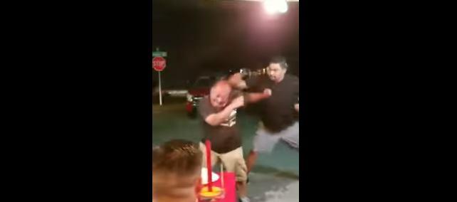 'Gringo' insulta a mexicanos en taquería y luego llora (VIDEO)