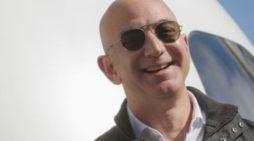 Jeff Bezos, fundador de Amazon, se convierte en el hombre más rico del mundo