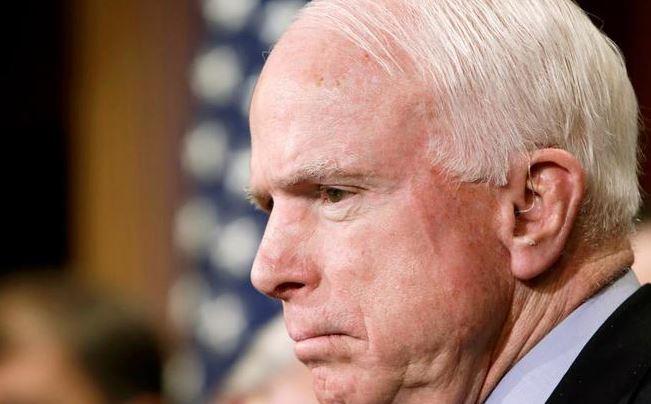 John McCain tiene tumor en el cerebro