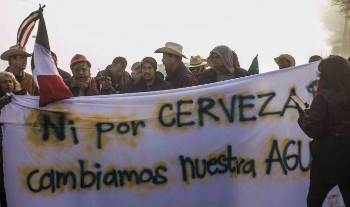 Desalojan plantón en Mexicali previo a visita de Peña