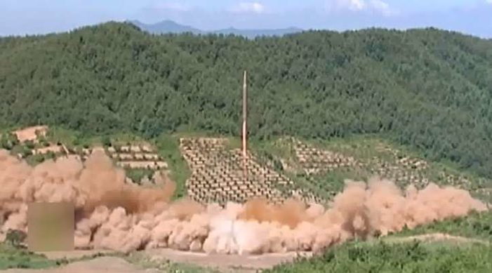 Así disparó Corea del Norte su misil balístico con dedicatoria para 'los bastardos de EU'