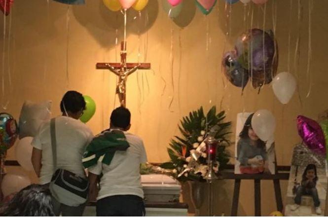 En Coahuila niña muere al atragantarse con envoltura de chicle