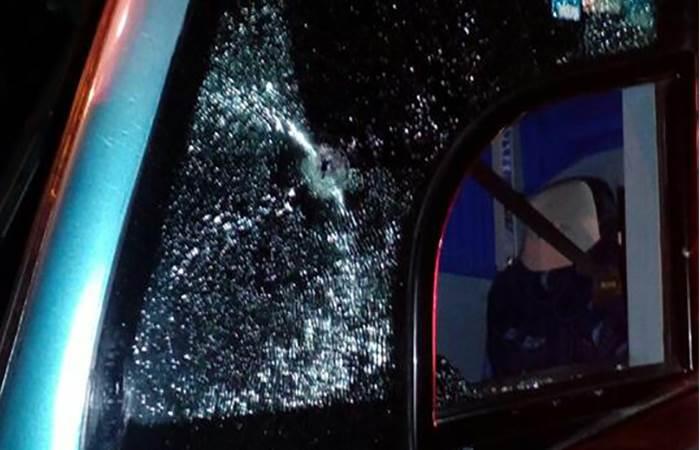 Atacan a balazos autobús en el que viajaba Comité de Víctimas de Nochixtlán