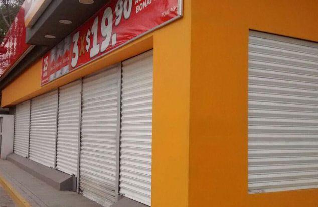 Por inseguridad, OXXO cierra sus tiendas en Apatzingán