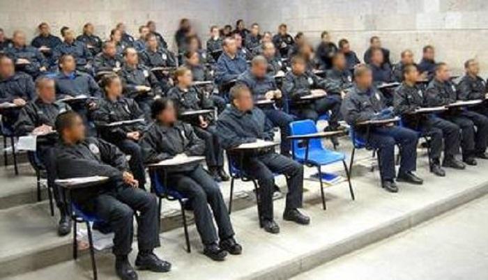 No hay recursos para depurar a policías que reprobaron exámenes de confianza