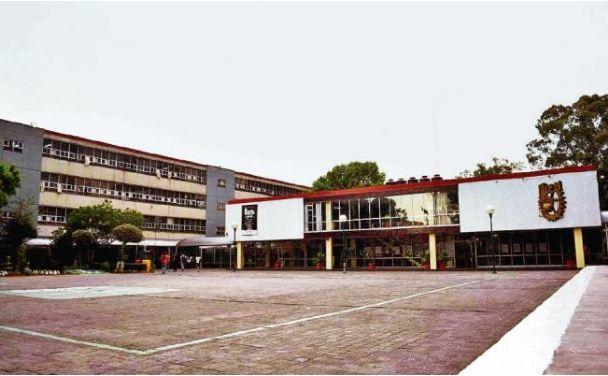 Estudiantes del IPN se quedan sin graduación por fraude