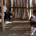 Primarias indígenas carecen de materiales educativos 'pero habrá inglés'