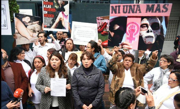 Exigen a PGR castigar feminicidios