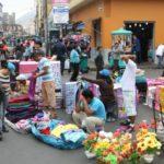 Seis de cada 10 hogares de clase media en México, se dedican al sector informal