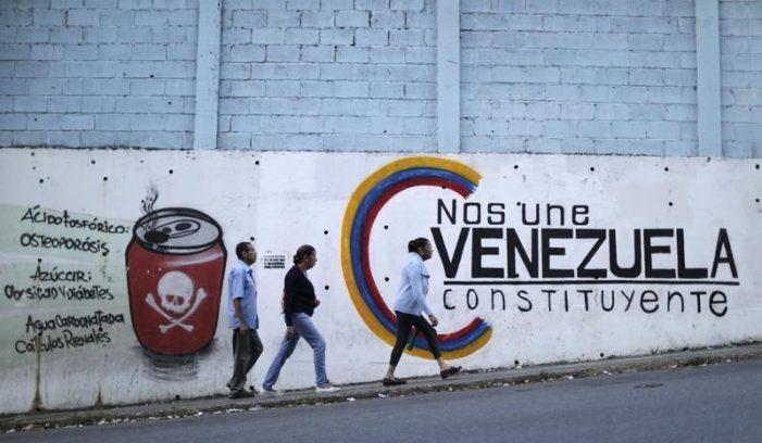 En las elecciones municipales de Venezuela, sin oposición, arrasa el chavismo