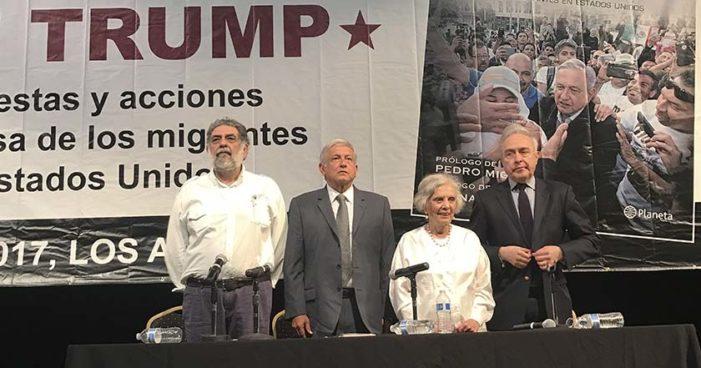 AMLO presenta su libro 'Oye, Trump' en Los Ángeles, California