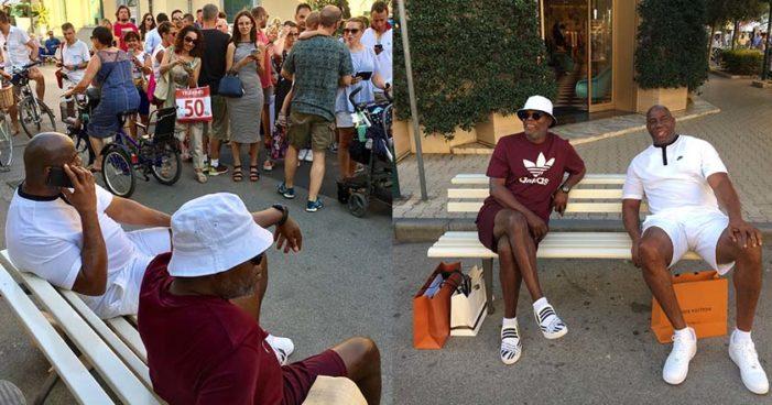 Llaman a 'Magic' Johnson 'refugiado viviendo en el lujo' en Italia