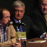 'Se van Jaime Avilés y Rius, dos hombres cultos e independientes': AMLO