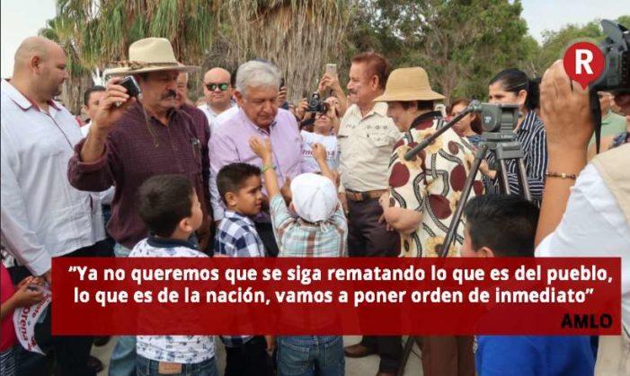 AMLO anuncia que en 2018 pedirá audiencia con Peña Nieto para frenar privatizaciones
