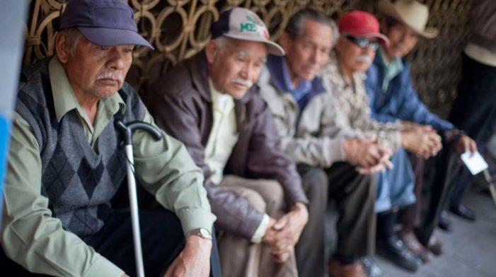 En 2050, 32.4 millones de mexicanos de más de 60 años vivirán pobres y enfermos