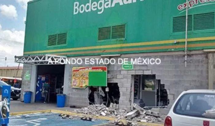 Rompieron la pared para llevarse la cajero en Aurrerá en Ecatepec